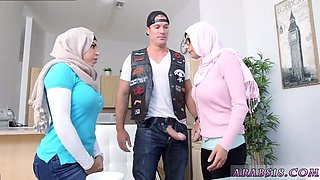 Arab wife fuck Making a reenactment of this dream opened a mental door for me that lead