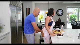 Surprise Kitchen Sex While Making Breakfast - Rachel Starr