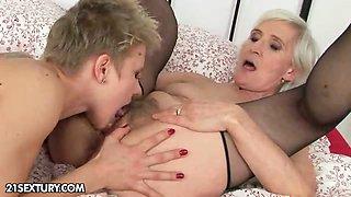 Good night kiss from Granny