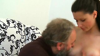 Boner gets sucked with passion by stupefying russian babe