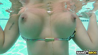 Romantic astonishing babe with juicy bum Alina Belle is fucked in the pool