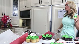 Spoiled bridesmaid Alexis Monroe is fucked by horny cooker in the kitchen