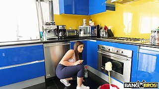 Bootyful and bosomy cleaning girl Ella Knox gives a blowjob for cash