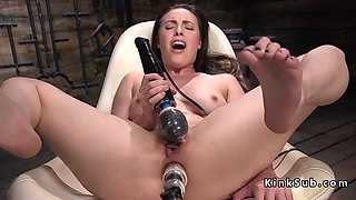 solo brunette enjoys machine anal sex