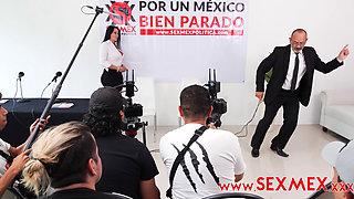 La Candidata Pamela Rios se deja follar por uno de sus votantes