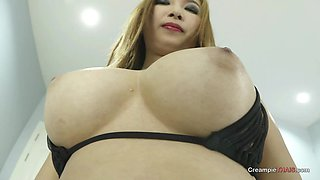 Big titty Thai girl Tanzy shows off her oral skills