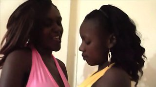 African sluts sharing long white dong in threesome