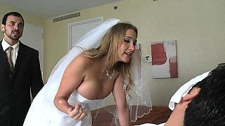 Babe gets out her big milk sacks and gives a wet blowjob