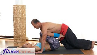 FitnessRooms Ivana Sugar has a full body and pussy stretch
