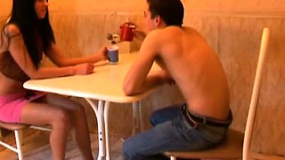 18 Videoz - Amanda - Romantic date goes wild