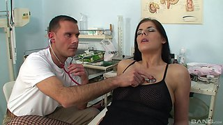 Smoking hot Lellou moans while a kinky doctor fucks her