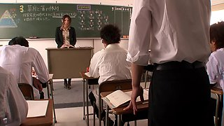 Incontinence Woman Peeing Teacher Yuna Shiina