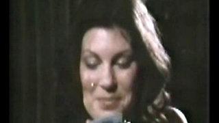 CB Mamas (1976)