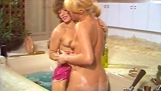 Amazing retro clip with France Lomay and Pascale Vital