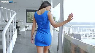 Spanish chick Julia de Lucia is face fucked with a huge thick phallus
