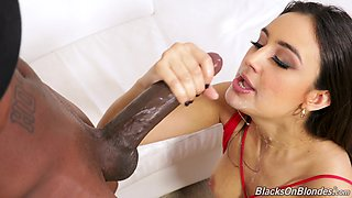 Wild and hard interracial MMF threesome is perfect for hot Eliza Ibarra
