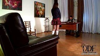Smoking schoolgirl gets busted
