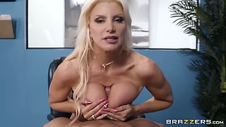 Brittany Andrews & Xander Corvus in Mixed Message Mailboy - BRAZZERS