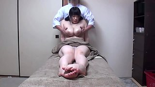 massage aloma therapy 8 get fun with old man