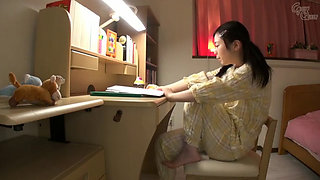 Insertion play with Asian schoolgirl