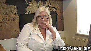 LACEYSTARR - GILF heals patient with lesbian action